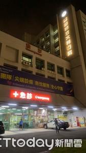 男子走進急診室檢傷 護理人員驚呆:槍傷!2友人落跑