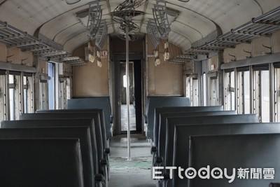 5班藍皮火車 打造列車上的書店