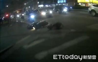 雙向十字路口有32種車禍可能!