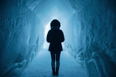 人體凍死前…反常脫衣詭因曝光