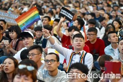 遊行破20萬人 挺同團體:性平教育要繼續