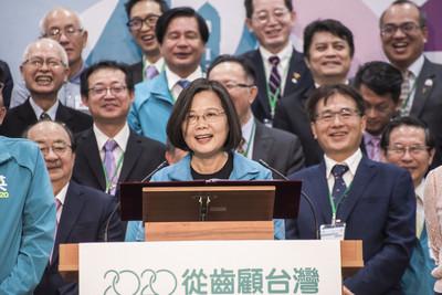 韓遊學政策轉彎 蔡:選總統要謹慎