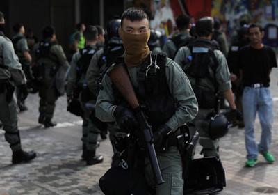 鄧炳強:警隊將考慮買威力更大「木彈」