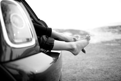 人妻與上司「轎車纏綿」下秒車門開…悲劇了