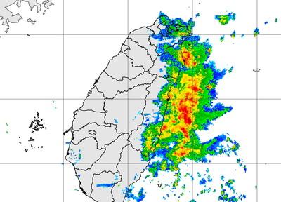 快訊/雨區擴大!北東4縣市「豪大雨特報」防強風