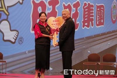中視50週年台慶 旺旺捐花蓮復康巴士