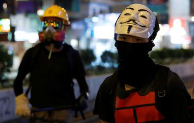 禁蒙面法違憲!《環時》:香港一些法官背叛中國憲法