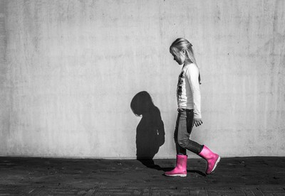 5歲童遭刺亡 兇:魔鬼叫我殺的