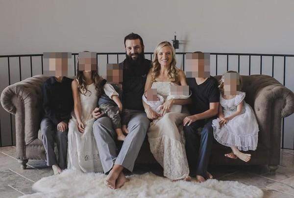 ▲▼美國勒巴倫家族成員在墨西哥遭襲擊,家人在網路上貼出被害者過去合照,希望網友替她們祈福。(圖/翻攝Facebook/Kenny LeBaron)