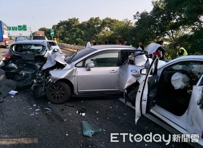 國道3號苑裡段連環車禍6人送醫