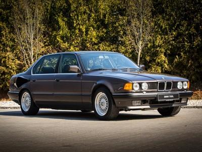 BMW曾打算推出「V16引擎」大7?