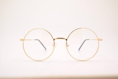 93%人都戴錯!靠「眼鏡度數」選隱眼超NG...醫警告:傷眼不可逆
