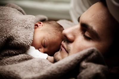 警局迎來17名新生兒 合照超溫馨