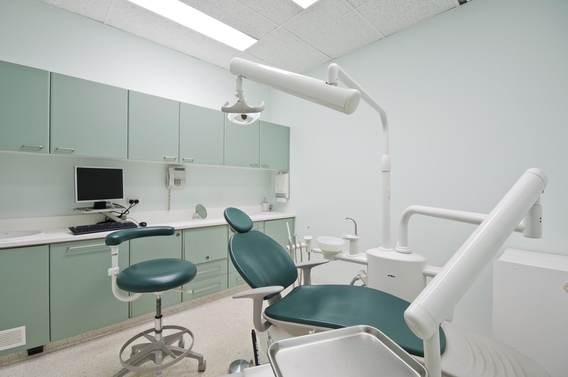 ▲牙醫,牙科,診所,蛀牙,。(圖/取自免費圖庫Pixabay)