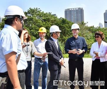 韓國瑜請假「想念市民」、陳其邁回高雄盯建設 網讚:原來市長一直都在