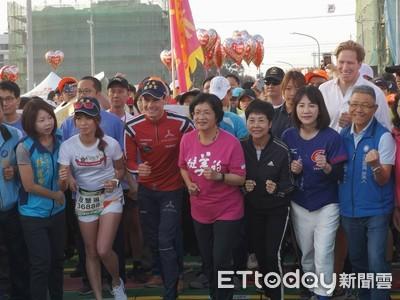 領跑田中馬 艾登:後年將到台灣參加三鐵賽