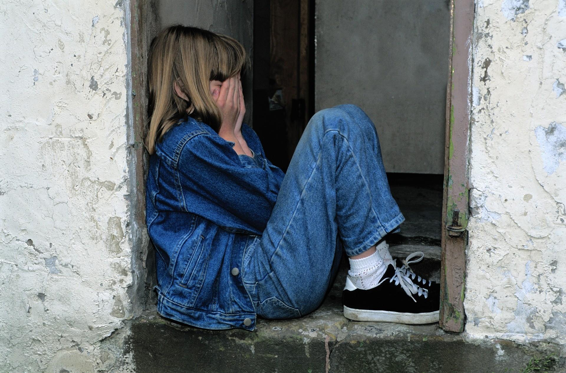 ▲難過,哭,小孩,孩子,悲傷,生氣,流淚。(圖/取自免費圖庫Pixabay)