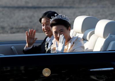 走過憂鬱 皇后雅子微笑哭了