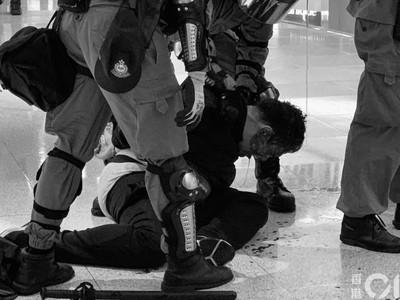銅鑼灣SOGO遇示威者「巡遊」急關門