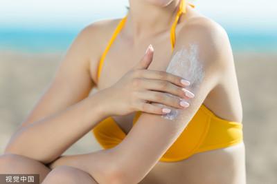 20歲女劇咳3次「肋骨當場折斷」 竟是防曬乳釀禍