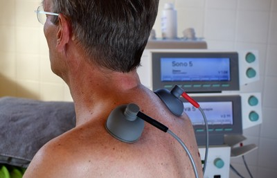 支氣管卡20公分血塊!男背痛診出4病痛