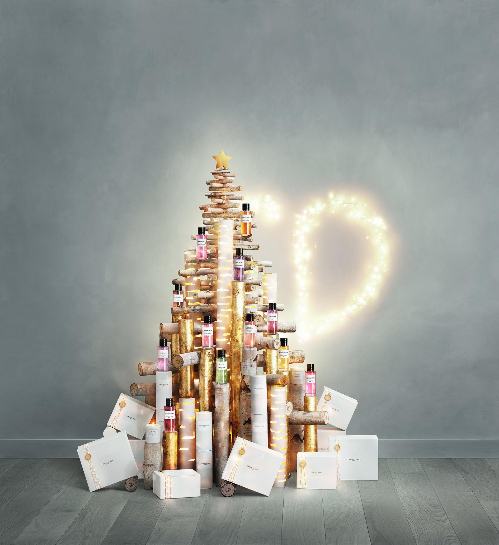 ▲Dior聖誕倒數月曆首曝「頂級訂製香氛」。(圖/記者張毓容攝)