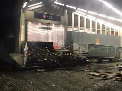 月台車廂遭破壞…港鐵車務總監:維修費達19億