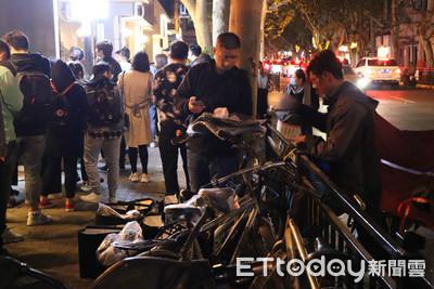 林俊傑上海咖啡店夜排14小時 黃牛也湊熱鬧