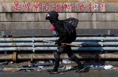香港教育局宣布:明日至周日繼續停課!