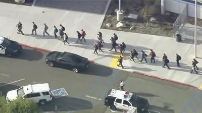 亞裔槍手校園槍擊 至少6人中彈