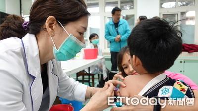 公費流感疫苗「長者、學齡前幼兒」今開打!1305家院所週日開診服務