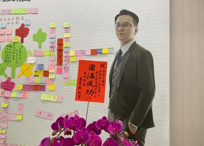 綠立委參選人競總成立 盧秀燕竟祝「圓滿成功」