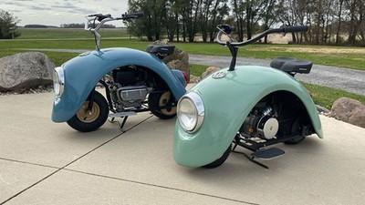 經典車頭燈+圓身!神人撿Beetle廢棄車殼 焊接做出「金龜摩托車」