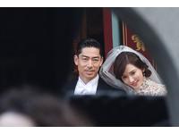 林志玲求婚戒曝光「異於一般新娘」 珍珠領白紗配TASAKI耳環超優雅