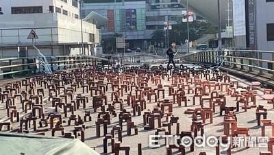 香港幼稚園、中小學18日繼續停課!