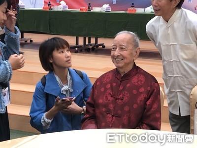 國寶級鬼故事大師司馬中原:韓國瑜是說實話、做真事的人
