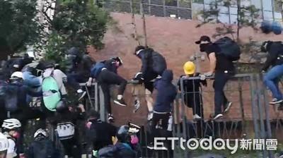 近900人「自首」離開理大 將以暴動罪拘捕