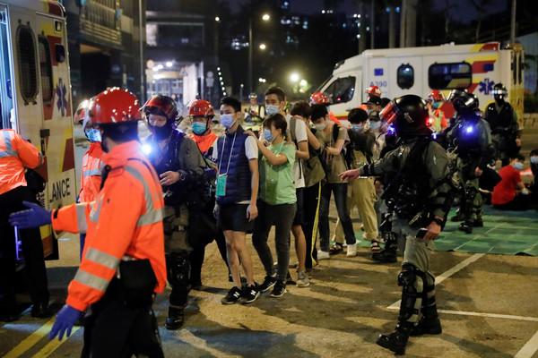 ▲▼香港1118,理工大學,示威者。(圖/路透)