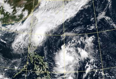 鳳凰颱風最快明生成!外圍水氣擾台