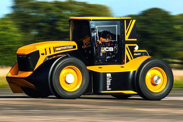 地表最狂&最速「5噸重」拖拉機 直線狂飆240.47km/h打破世界紀錄(圖/翻攝自JCB)