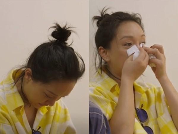 ▲▼周迅探訪日本養老院,數度落淚。(圖/翻攝自WeTV)