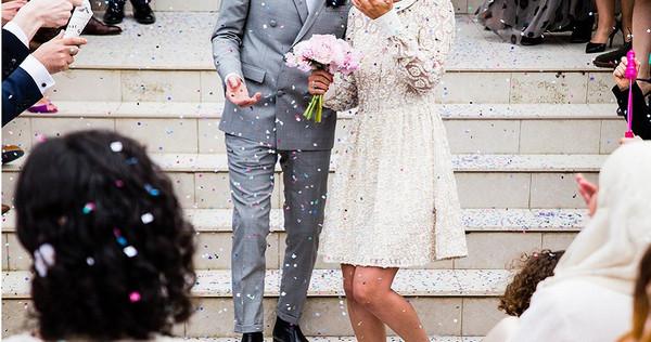 孕婦參加婚禮驚見「老公是新郎」。(示意圖/取自Unsplash)