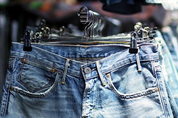 ▲▼ 牛仔褲(圖/免費圖庫Pixabay)