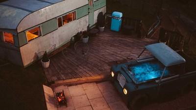 Land Rover改造「露天按摩浴池」