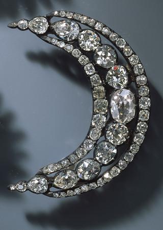 ▲德國綠穹珍寶館上百件珠寶遭竊。(圖/達志影像/美聯社)