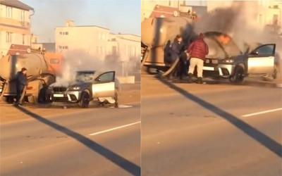 BMW突起火!水肥車「屎尿救援」