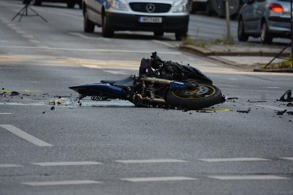 ▲車禍,意外,傷害,災難,撞毀。(圖/pixabay)