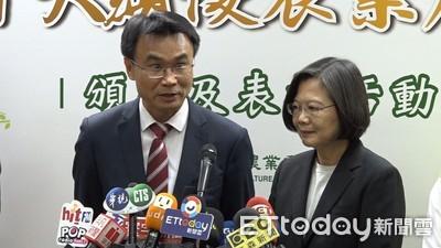 蔡英文大讚陳吉仲:有史以來最強的主委
