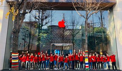 「紅蘋果」再現Apple門市 蘋果響應世界愛滋病日...13年來捐款67億