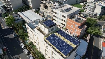 民眾賣電有績效!高市推違建轉太陽光電 通過率達80%